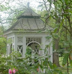 Lovely little gazebo by micheleart via flickr