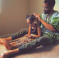 Here are four simple steps on how to do bantu knots. We have also listed some cute hairstyle pictures to view as well. View the tutorial on bantu knots. Black Dad, Black Fathers, Fathers Love, Couple Style, Nappy Hairstyle, Black Pics, Collateral Beauty, Bantu Knots, Pelo Natural