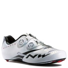 Northwave Extreme Tech Plus White Black Size 41 *** Check this awesome product by going to the link at the image. (This is an affiliate link) Road Cycling Shoes, Men's Cycling, Performance Cycle, Bike Wear, Bike Store, Velcro Straps, Shoe Sale, Outdoor Gear, Cleats