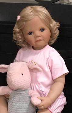 Masterpiece Doll Moni
