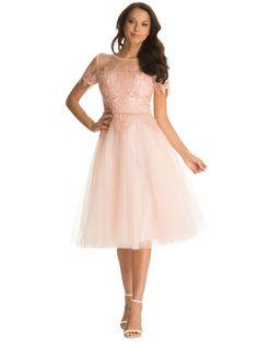 Sukienka z tiulu na wesele i studniówkę