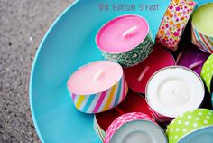 Dress up tea-lights with decorative washi tape! Great idea! (als bedankje voor hulpouders)