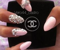 Stiletto Nails are on point. Literally. Nails, nails, nails, nail art. #nails #nailart #stilettonails #fashion #beauty