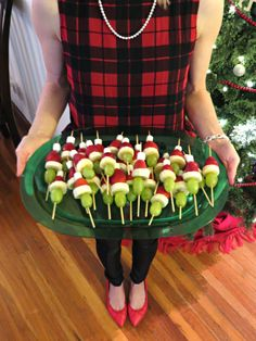 Grinch kabobs: green grape + banana slice + strawberry + mini marshmallow on a stick Mini cheese balls based on this recipe, but I used shredded cheddar and gouda instead of blue cheese. Bourbon cider punch (emphasis on bourbon…and delicious) Last weekend Christmas Party Snacks, Grinch Christmas Party, Snacks Für Party, Christmas Drinks, Christmas Cooking, Christmas Goodies, Christmas Desserts, Christmas Holidays, Party Desserts