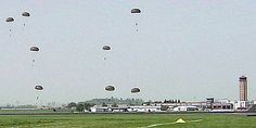 Fallschirmsprung aus einer Transall