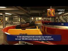 Wat gebeurt er met je koffer op het vliegveld? Bekijk meer filmpjes over het vliegveld. Dit doe je door op YouTube op Amsterdam Airport Schiphol te zoeken.