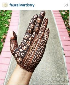 💕Follow me for more 💕♥Harshvardhan sen❤ Palm Mehndi Design, Indian Mehndi Designs, Henna Art Designs, Mehndi Designs 2018, Mehndi Designs For Beginners, Modern Mehndi Designs, Mehndi Design Pictures, Mehndi Designs For Hands, Mehndi Images