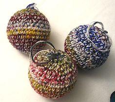 crochet christmas ornaments - How To DIY