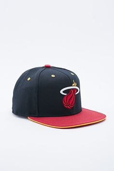 4ab9a993bb8 Mitchell   Ness Miami Heat Snapback Cap in Black and Red