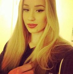 trendy long hair cuts with layers curly long hair ideas Long Curly Hair, Long Hair Cuts, Curly Hair Styles, Trendy Hairstyles, Braided Hairstyles, Step By Step Hairstyles, Iggy Azalea, Naturally Curly, Sexy