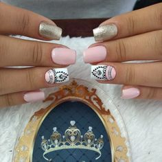 Pin on uñas Lace Nails, Pink Nails, New Nail Art Design, Nail Designs, Mandala Nails, Nail Art Stripes, Nail Candy, Pin On, Instagram Nails