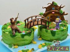 Torta d Masha e Orso n.96 Baby Birthday Cakes, Bear Birthday, Girl 2nd Birthday, Fondant Cakes, Cupcake Cakes, Masha Cake, Masha Et Mishka, Cupcakes Flores, Cake Designs For Kids