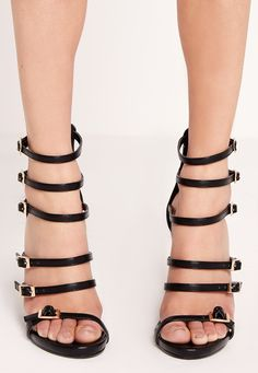 2edac79b27e5 Missguided - Block heel buckled sandals Black Black Sandals