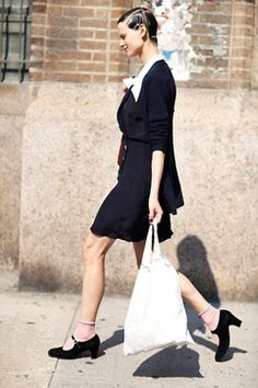 sub-terraneans:    The Sartorialist: On the Street…24th St, New York