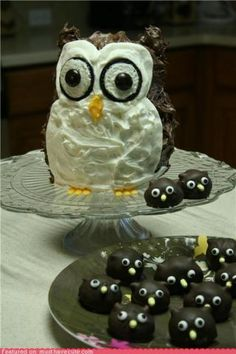 """Owl birthday cake that I made for my owl-obsessed eight year old's """"Night Owl"""" sleepover party."""