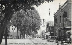 AMESBURY-Massachusetts-MA-TOWN-HALL-Friend-Street-Scene-1911-Postcard