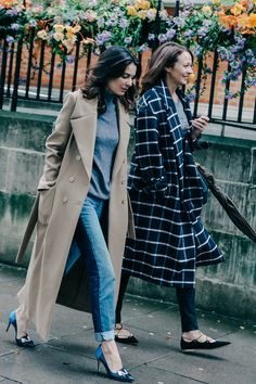 With London Fashion Week Spring/Summer 2016 in full swing, Dan Roberts captures the best street style spotted between shows.