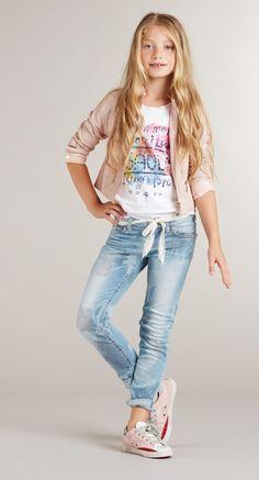 Gaudi Italia moda junior para chicas y chicos > Minimoda.km stai? Fashion Kids, Preteen Fashion, Little Girl Outfits, Little Girl Fashion, Little Girls, Outfits Niños, Trendy Outfits, Moda Kids, Vetement Fashion