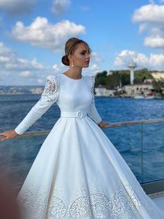 Wedding Gown A Line, Classy Wedding Dress, Casual Wedding, Dream Wedding Dresses, Bridal Dresses, Wedding Gowns, Hijab Evening Dress, Evening Dresses, Elegant Dresses