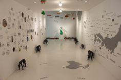 「藤浩志の美術展 セントラルかえるステーション〜なぜこんなにおもちゃが集まるのか?〜」
