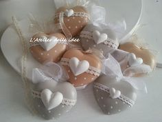 Cuori in polvere di ceramica romantici