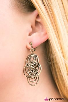 We've got a formula for fabulous: Fashion. Five bucks. Come see what the Paparazzi party is all about. Paparazzi Accessories, Paparazzi Jewelry, Clip On Earrings, Drop Earrings, Brass Jewelry, Diva, Bling, Rustic, Lead Free