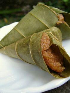 Kumbilappam: Kerala steamed jackfruit dumplings.