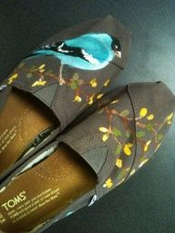 Birds on Ash Canvas TOMS....Where can I get these?
