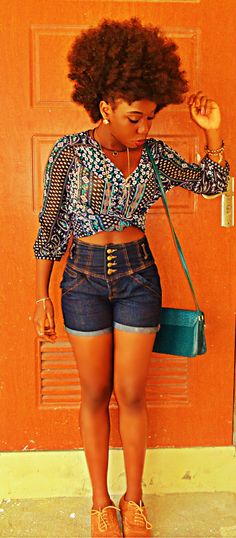 Beautiful and Bold... #afro #naturalhair #shorts. Oh muh goodness!!! So cute!! ^^