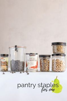 This essential pantry staples list has all my favorite foods to have on hand when cooking for one. This checklist of budget friendly and healthy foods will come in handy on those days that you don't want to cook or don't have time to cook. Cooking For One, Cooking On A Budget, Meals For One, Cooking Tips, Healthy Recipes On A Budget, Healthy Tips, Gourmet Recipes, Healthy Foods, Healthy Habits