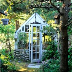 Geniales altes Gartenhaus