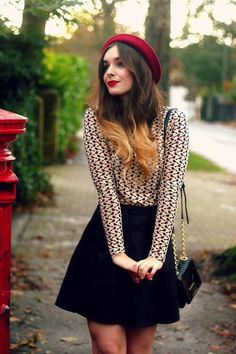 Cute casual outfit / love the red beret.