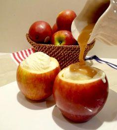 Αυτήν την εποχή που οι καρποί της φύσης ωριμάζουν, τα μήλα έχουν την τιμητική τους.  Επιλέξτε το εποχιακό αυτό φρούτο του φθινοπώρου για να προσφέρετε στους καλεσμένους σας δροσερό παγωτό με σιρόπι καραμέλας. http://aboutwedding.gr/tag/%CF%86%CE%B8%CE%B9%CE%BD%CF%8C%CF%80%CF%89%CF%81%CE%BF/