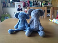 Elephants for Lucas and Oliver