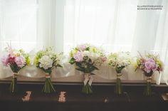 Flowers Catherine Boutin 5Ssens  ellaphotography.ca  The bride and brisdesmaids bouquets  #bride #flowers #5Ssens