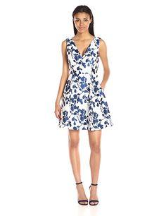 Amazon.com: Betsey Johnson Women's Floral-Jacquard Dress: Clothing