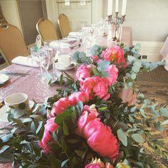 Table garland #rosegoldwedding #tablegarland #peonies #cotslsunsetpeonies