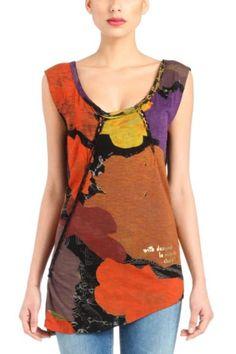 T-shirt da donna Desigual modello One della linea Love. Canotta attillata. Oltre alla stampa, incredibilmente allegra, i dettagli intrecciati rendono questa canotta un pezzo unico nel tuo guardaroba.