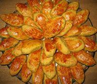 Sweet Potato Cakes - Broas Castelares Recipe My favorite Portuguese dessert! Can't wait to make them asap! Bakery Recipes, Wine Recipes, Dessert Recipes, Cooking Recipes, Cooking Ideas, Portuguese Desserts, Portuguese Recipes, Portuguese Food, Sweet Potato Cookies