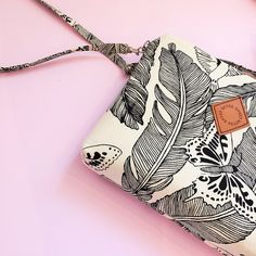 Spring vibes ☀️  Majken Bag available in the webshop now !  .  .  .  .  .  .  .  .  .  .  .  #bag #smallbag #clutch #springvibes #fashion #trend #clothing #clothes #patterndesign #design #designer #details #feather #inspo #photo #style #styleinspo #stil #mode #mote #väska #tyyli #laukku #accessories #surfacepattern #mönster #illustration #illustrator #fjäder #ruterknektdesign Photo Style, Surface Pattern, Pattern Design, Illustrator, Feather, Fancy, Spring, Clothing, Bags