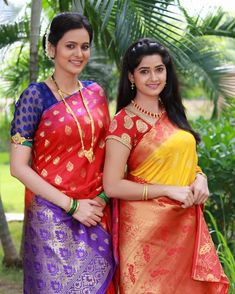 Image may contain: one or more people, people standing and outdoor South Indian Actress Hot, Most Beautiful Indian Actress, Home Design, Cyberpunk Fashion, Indian Heritage, Beautiful Girl Image, Indian Beauty Saree, Saree Dress, Beautiful Saree