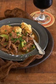 Springbok, Black Mist and dumpling stew South African Recipes, Winter Warmers, Venison, Dumpling, Kos, Stew, Pantry, Lazy, Chili