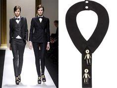 Da sinistra: Moschino, tailleur con gilet e tailleur doppiopetto entrambi in tessuto gessato; Marni, collare in tessuto modello cravattino con applicazioni. Imaxtree  13/23