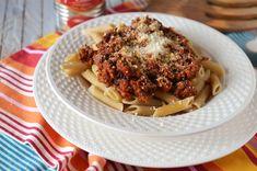 Tobite - Saraberne - Sarah Bernardt - Retete culinare by Teo's Kitchen Macarons, Carne, Waffles, Bacon, Spaghetti, Deserts, Breakfast, Ethnic Recipes, Food