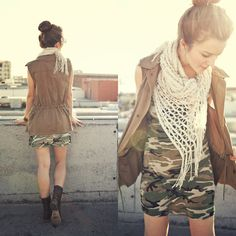 Michelle pairing a camo tunic with a UO scarf and vest! #urbanoutfitters
