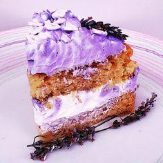 Τούρτα βανίλια νηστίσιμη | TrikalaView Tiramisu, Ethnic Recipes, Desserts, Food, Cakes, Tailgate Desserts, Deserts, Cake Makers, Essen