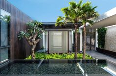Built by Parametr Architecture in Kabupaten Badung, Indonesia with date 2011. Images by Lindung Soemahardi. Beautifully standing on the soaring limestone hills of Uluwatu area of Bali, the land for the resort villa covering a...