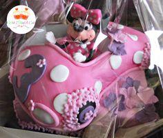 Minnie Mouse Cake by Wish I Had A Cake