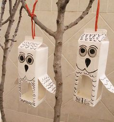 """Recycled milk cartons are great for crafting, and especially for making bird feeders shaped like owls! And simple enough to whip up just in time for this shabbat, """"shabbat shira"""" for which there is Jewish tradtion to leave food out. Bird Feeder Craft, Hanging Bird Feeders, Bird Crafts, Animal Crafts, Craft Projects For Kids, Diy For Kids, Milk Carton Crafts, Daisy Girl Scouts, Drawing For Kids"""