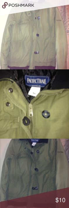 PACIFIC TRAIL JACKET Worn a handful of times Hunter green zip up n buttons snaps ,it does have a little bleach mark on left but you CANT REALLY NOTICE (in last pic)other than that it's in great condition ‼️price is down because of that one little spot  adorable jacket ‼️😊 this is a cool jacket very styling ‼️👍no high prices here ‼️ pacific trail  Jackets & Coats